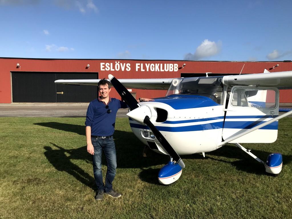 Stort Grattis till Oskar Ferm som flög EK den 9 oktober 2020. På marken övervakade FI Robert Fasth