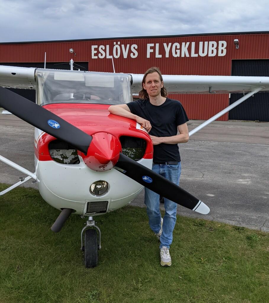 Stort grattis till Jens Gudmundsson som klarade uppflygningen i dag 2021-05-10. Inspektör från TS var Hans Lundberg. På marken väntade FI Robert Fasth