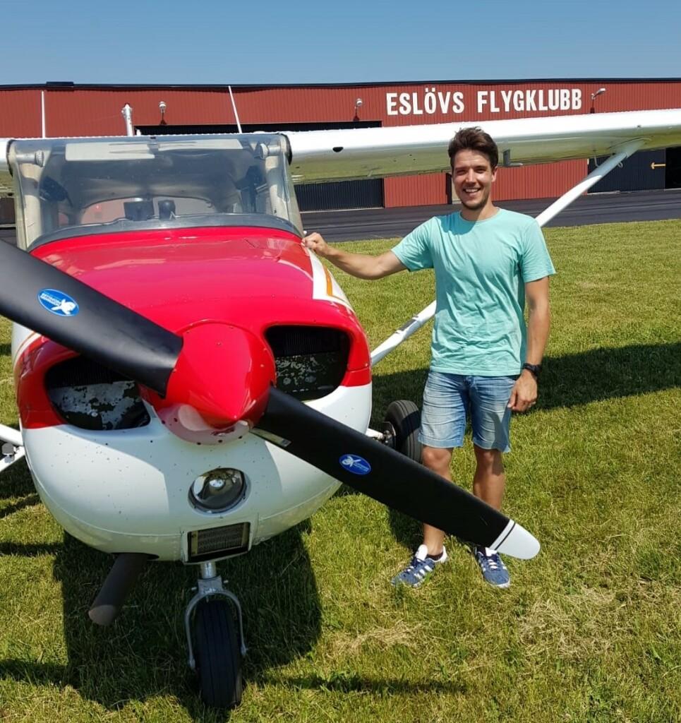 Stort grattis till Rickard Bergengren som flög EK provet 2021-06-18. På marken övervakade FI Robert Fasth.