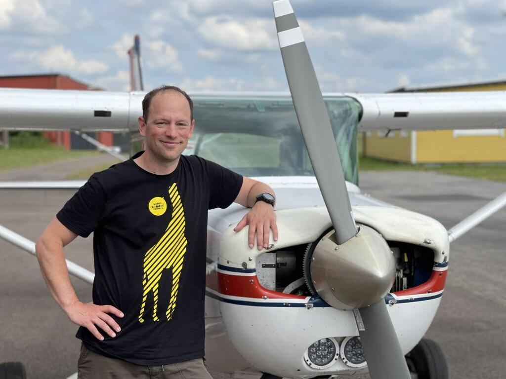 Stort grattis till George Hulla som klarade uppflygningen 2021-06-11. TS inspektör var Hans Lundberg. På marken väntade FI Robert Fasth. Foto tog Ola Malmgren